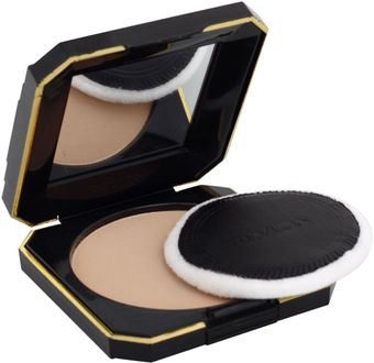 Revlon Touch and Glow Moisturising Powder Compact (Natural Matte)
