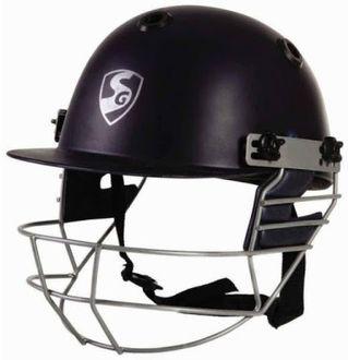 SG Optipro Cricket Helmet (Medium)