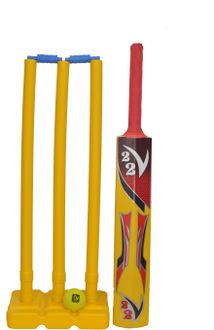 V22 Plastic Cricket Set