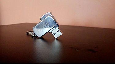 AOXER (G16UHD) 16GB Pendrive